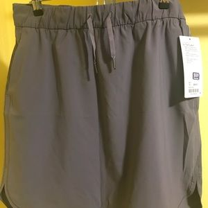 "Lululemon On the Fly skirt, magnum color, 21"" long"